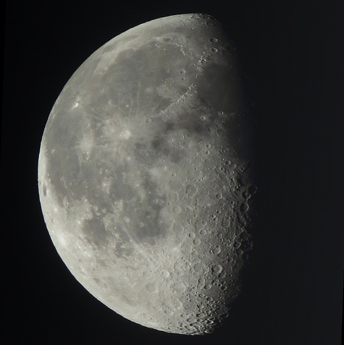 Moon_1300
